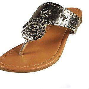 Pierre Dumas 6 1/2 Like New silver summer sandals